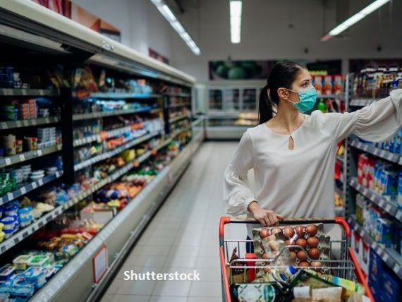 Rata anuală a inflaţiei a coborât ușor la 2,7%, în luna august. Alimentele și biletele de avion s-au scumpit cel mai mult