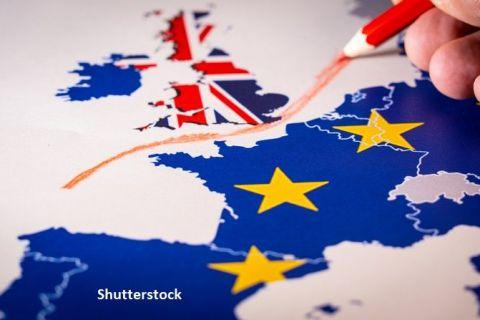 Tensiunile escaladează între Londra și Bruxelles: CE cere o reuniune de urgenţă cu Marea Britanie. Scoţia şi Ţara Galilor denunţă un atac al Regatului asupra autonomiei lor