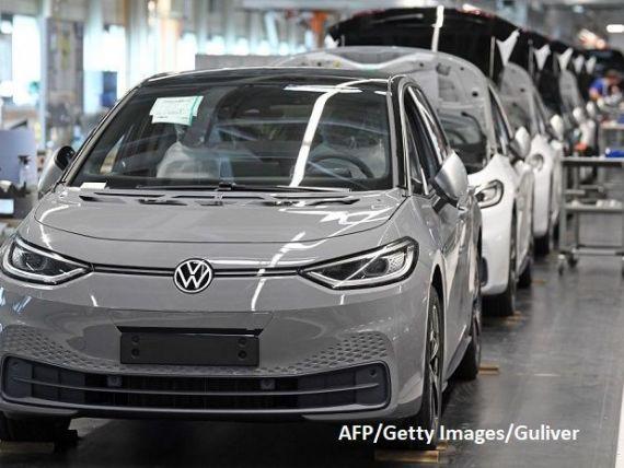 Volkswagen şi societăţile sale mixte din China vor să investească 15 mld. euro în vehicule electrice