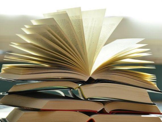 (P) Anticariat vs. librărie - tu de unde alegi să-ți cumperi cărțile?