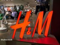 H&M închide sute de magazine tradiționale. De ce a luat gigantul suedez această decizie radicală
