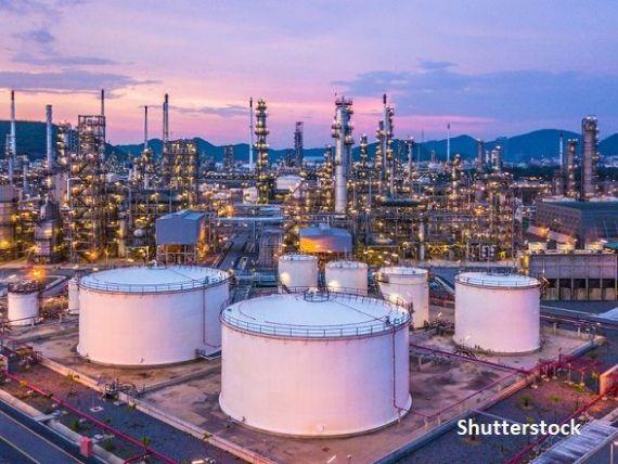 Combustibilul inutil în pandemie. Rafinăriile europene se  îneacă  în motorină, pe fondul prăbușirii cererii și a prețurilor