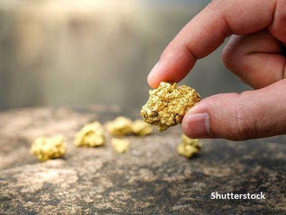 Abundența aurului în Univers, inexplicabilă pentru fizicieni:  Există ceva acolo, despre care oamenii de ştiinţă nu ştiu încă nimic, şi care produce foarte mult aur