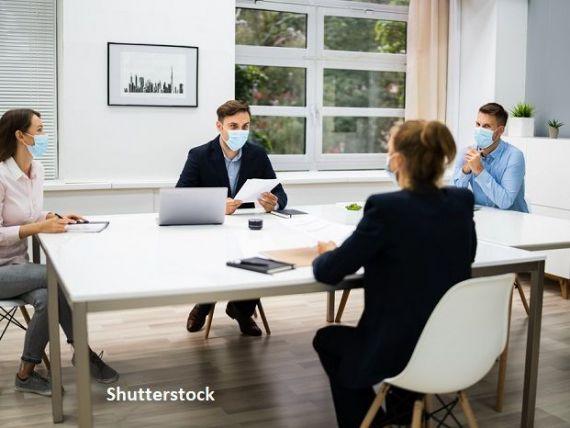 IT-ul, comerțul, construcțiile și domeniul financiar și de consultanță au angajat masiv, în timpul pandemiei. Topul specialiștilor căutați de companii
