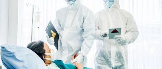 Polonia primește medici din țări est-europene non-UE, pentru a acoperi deficitul cu care se confruntă în pandemie