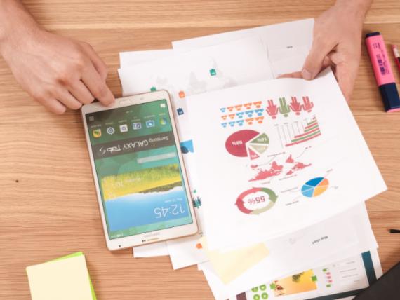 (P) Cum te poate ajuta o echipă dedicată să dezvolți o aplicație financiară