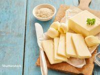 Americanii cumpără cantităţi record de unt pentru a găti acasă și cresc profiturile producătorilor, care ajunseseră să arunce laptele din cauza pandemiei
