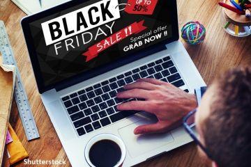 Americanii au făcut cumpărături online record de Black Friday, de 9 miliarde de dolari. În schimb, traficul în magazinele tradiționale s-a înjumătățit