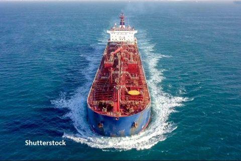 Chinezii vor să trimită în Europa surplusul de motorină din Asia cu supertancuri petroliere noi. Șantierele navale lucrează la foc continuu