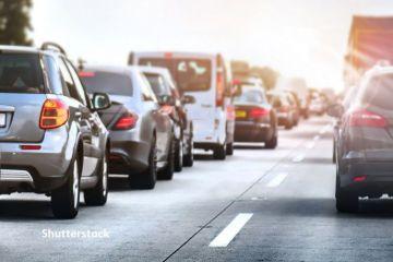 Numărul înmatriculărilor de autoturisme noi a scăzut cu peste 25%, la 11 luni. Românii preferă în continuare Dacia