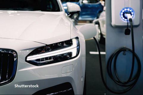 Revoluția mașinilor electrice în România. Ministerul Energiei: 60% din parcul auto va avea o formă de propulsie electrică, în 2050. Ce se întâmplă cu autovehiculele pe motorină şi benzină