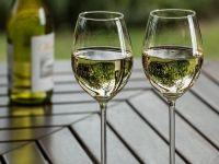 Comisia Europeană aprobă ajutorul de stat de 12,4 mil. euro cu care România sprijină producătorii de vin afectați de pandemie