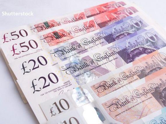 Marea Britanie va împrumuta o sumă record de aproape 400 mld. lire sterline în acest an, pentru a acoperi cel mai mare deficit bugetar al ţării pe timp de pace