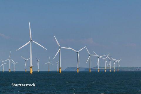 Cel mai mare parc eolian offshore din lume  răsare  în Marea Nordului. Proiectul, finanţat de un grup de 29 de bănci şi de trei agenţii de credite de export