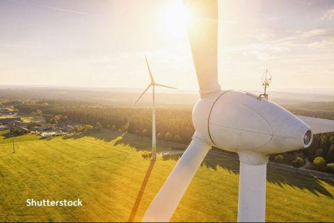 Raport CE: Emisiile de gaze cu efect de seră din UE au ajuns la cel mai scăzut nivel din ultimii 30 de ani, ca urmare a folosirii pe scară largă a energiei regenerabile