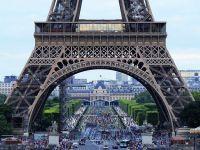 Turnul Eiffel, închis în octombrie din cauza pandemiei, va primi din nou turiști, din 16 decembrie