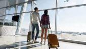 Studiu: Românii vor fi mai precauți cu bugetele lor în 2021 și vor să economisească mai mult, dar nu vor renunța la călătorii și gadgeturi de ultimă generație