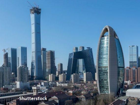 Paradoxul China. A doua economie a lumii își revine spectaculos după pandemie, urmând să crească cu 8% în 2021. Macao se prăbușește cu 50% în acest an