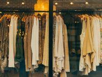 (P) 11 piese vestimentare de bază în care merită să investești