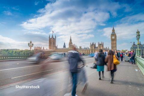 Românii care vor să se angajeze în Marea Britanie, după 1 ianuarie 2021, trebuie să solicite viză de muncă. Cum se acordă și de câte tipuri sunt