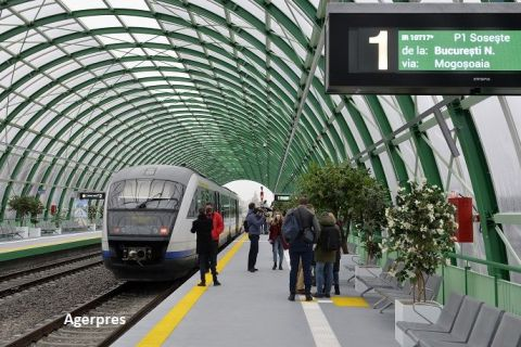În anul pandemic 2020, România a inaugurat 60 km de autostradă și prima magistrală de metrou construită după Revoluție. Tarom a fost întoarsă de la faliment, iar primul tren spre aeroport a plecat din Gara de Nord