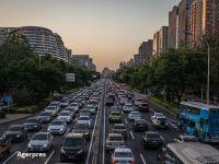 Cea mai mare piața auto din lume anunță al treilea an consecutiv de scădere. Chinezii au cumpărat puțin peste 25 milioane de mașini anul trecut