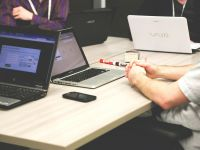 (P) Videoconferința de afaceri: 4 reguli de etichetă