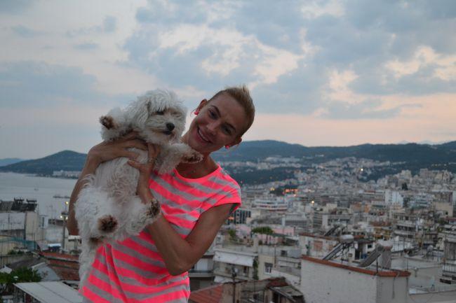 Roxana Ciuhulescu a fost cat pe ce sa manance arici de mare in vacanta din Grecia