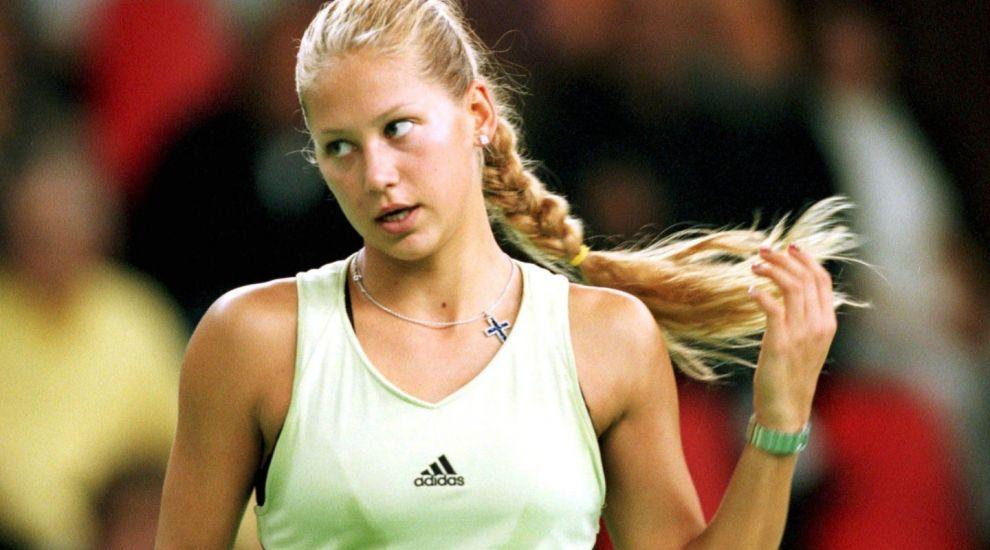 O mai tii minte pe Anna Kournikova, sex simbolul anilor 2000? Cum a ajuns sa arate la 36 de ani fosta tenismena