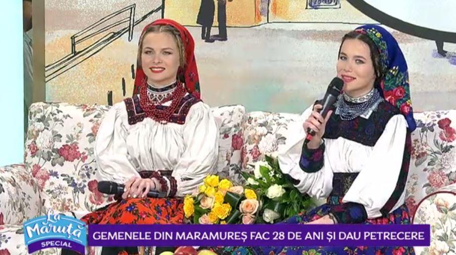 Suzana și Daciana Vlad împlinesc astăzi 28 de ani. Cum sărbătoresc gemenele din folclorul maramureșean
