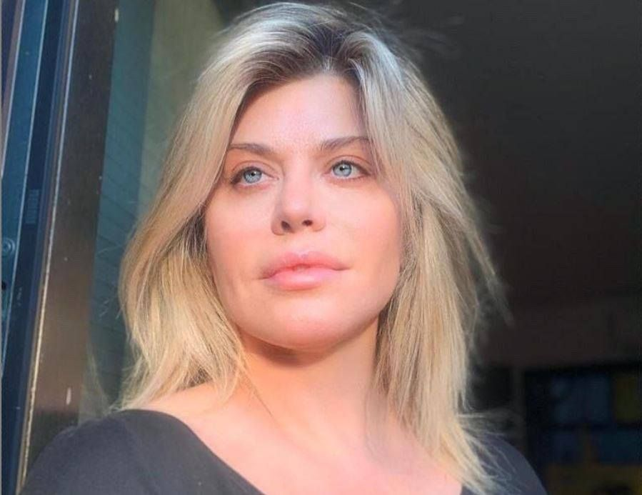 VIDEO Loredana a scăpat de toate păcatele, într-un loc sfant