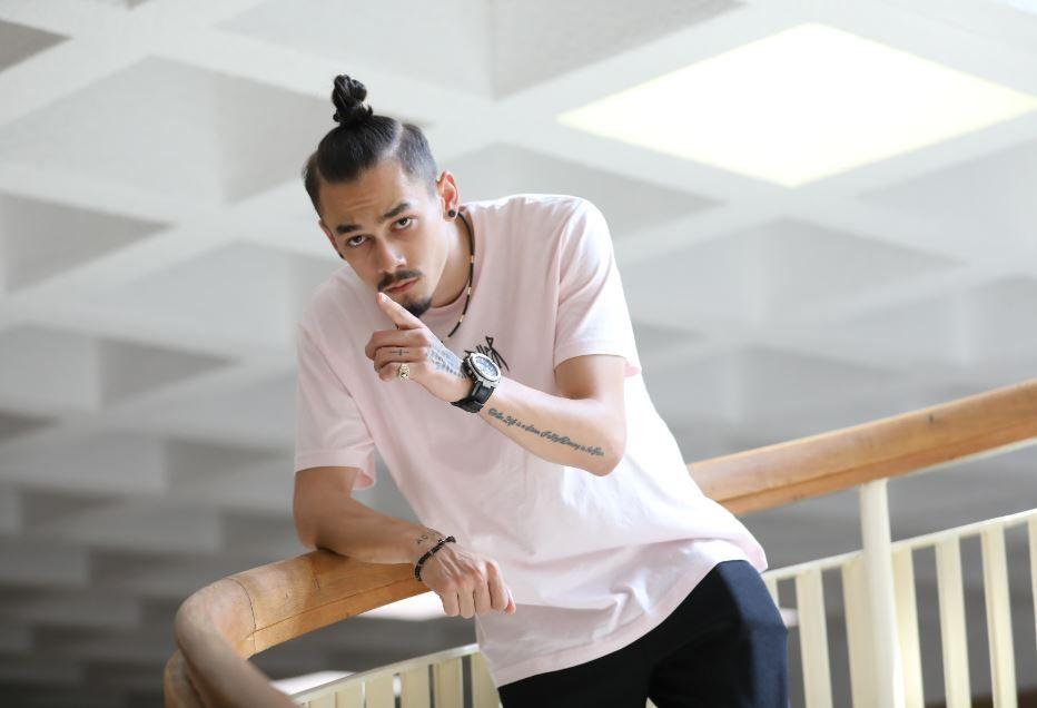 JUNO, artistul Hahaha Production și iubitul lui Jo, e Nuni din Profu'! Află mai multe despre el