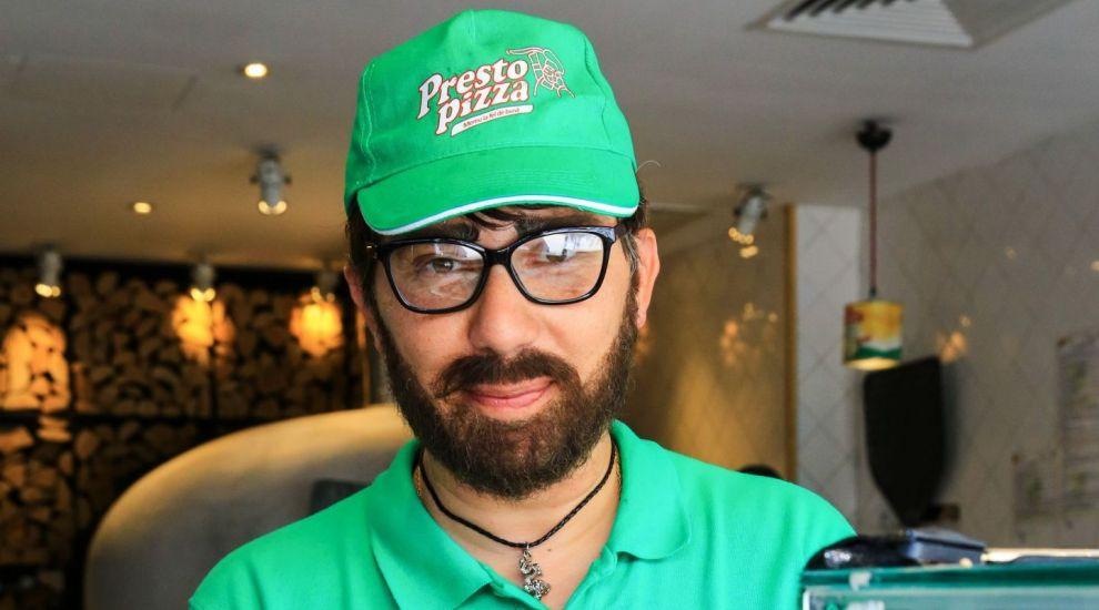 Șeful unui lanț de pizzerii intră sub acoperire în propria firmă! Ce vor spune angajații?