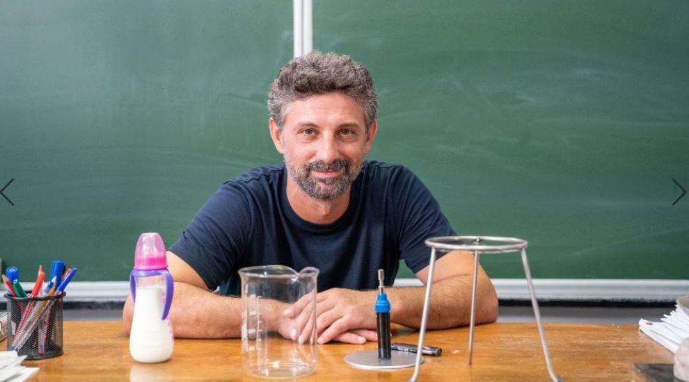 """Andi Vasluianu: """"Ca profesor, pe un elev ca mine l-aș cataloga brânză bună în burduf de câine"""""""
