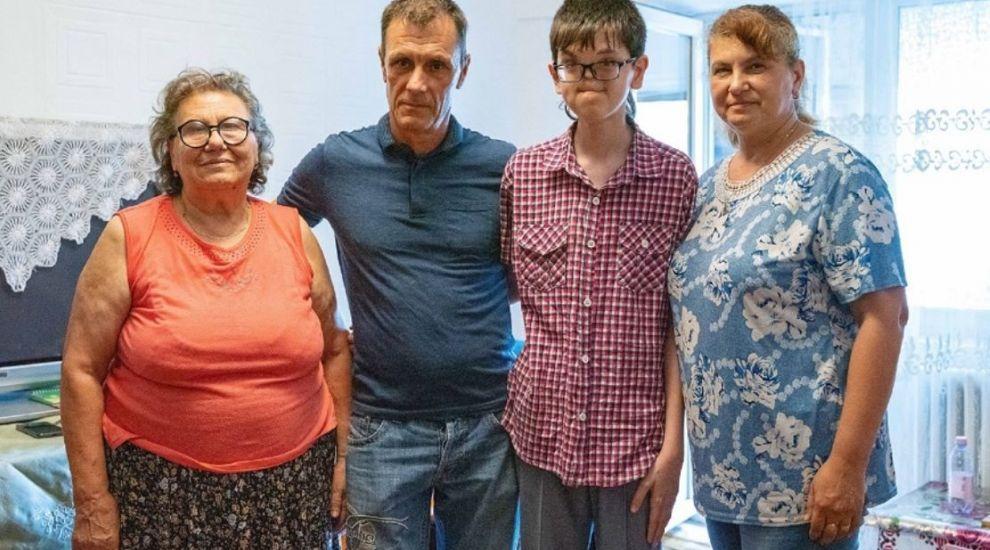 Raul Furdui, un băiat care a trecut prin 27 de intervenții chirurgicale are parte de Visuri la cheie