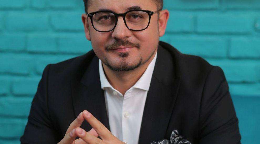 Cristian Onețiu, de la tânărul vânzător ambulant din adolescență, la milionarul de astăzi