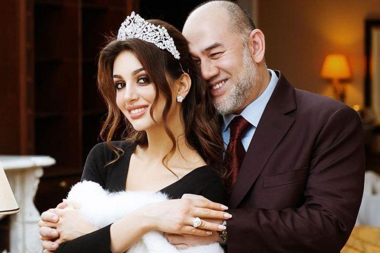 Miss Moscova, momente dramatice după divorțul de fostul rege al Malaysiei: se teme pentru viața ei și a copilului