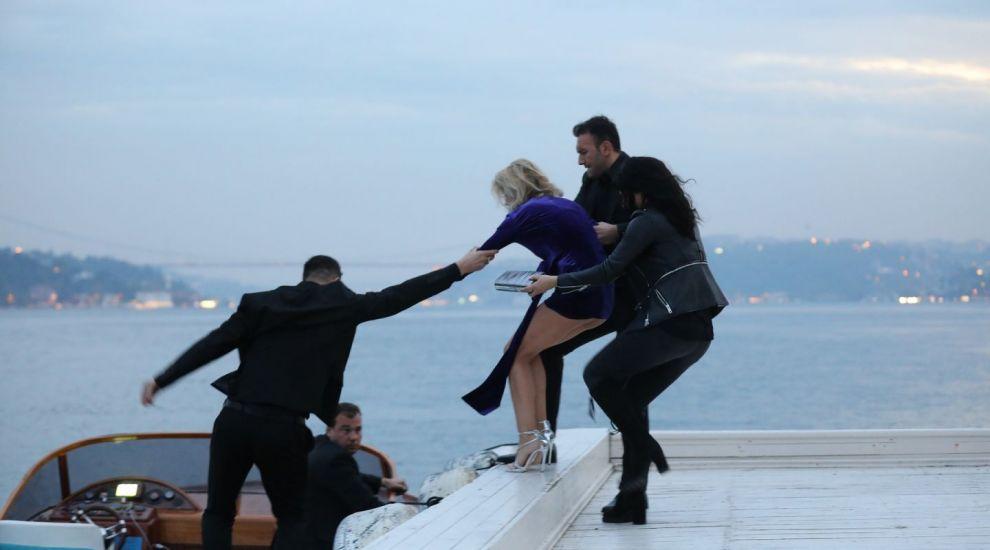 Cum se pregătesc actorii din VLAD pentru scenele de acțiune. Ce sporturi practică pentru a se menține în formă