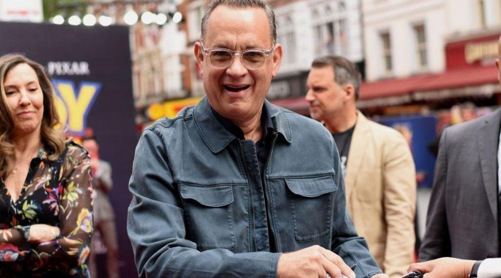 Tom Hanks, cu zâmbetul până la urechi după ce a scăpat de coronavirus