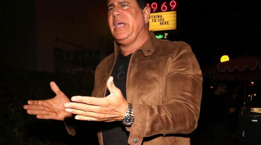 Actor de la Hollywood, arestat după ce a păcălit oamenii că are un antidot pentru Covid-19