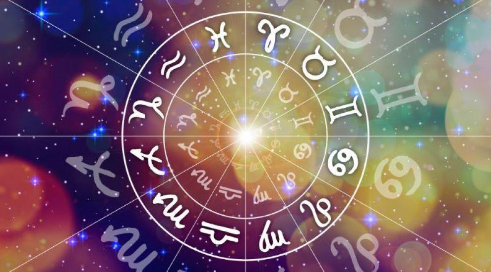 Cum să îți petreci timpul în autoizolare în funcție de zodie
