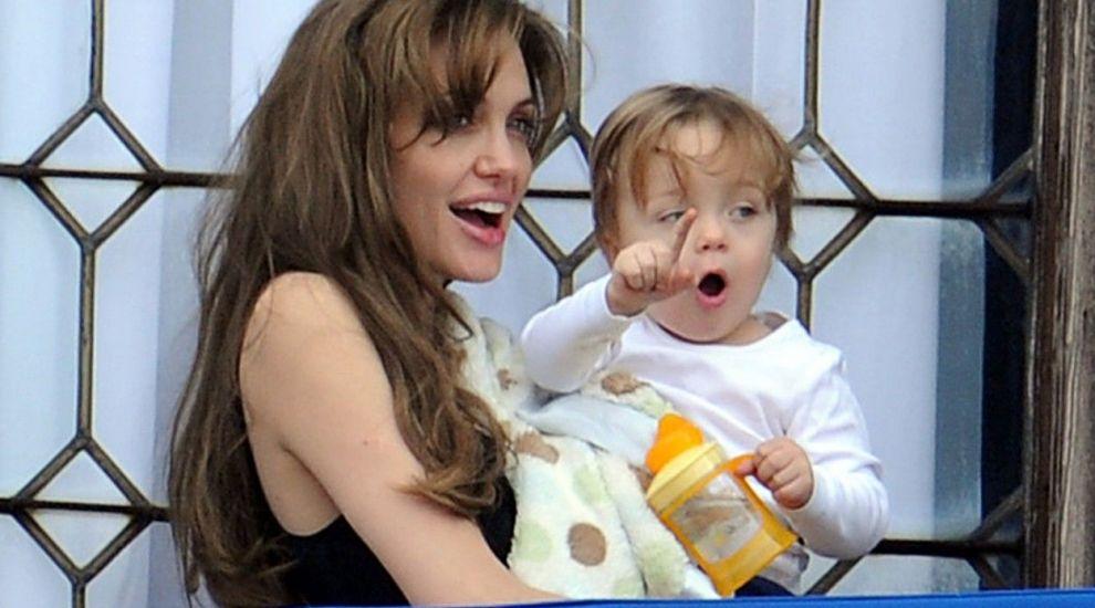 Fiica Angeline Jolie, apariție rară alături de mama ei. Cât de mult a crescut Vivienne și cu cine seamănă