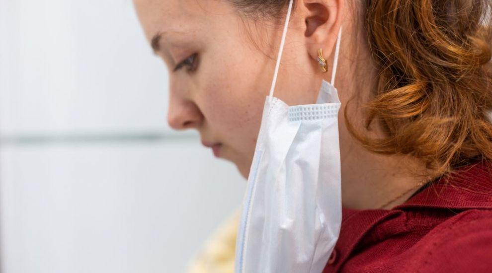 Un epidemiolog român explică în ce faze și în ce situații sunt asimptomaticii predispuși să transmită virusul mai departe