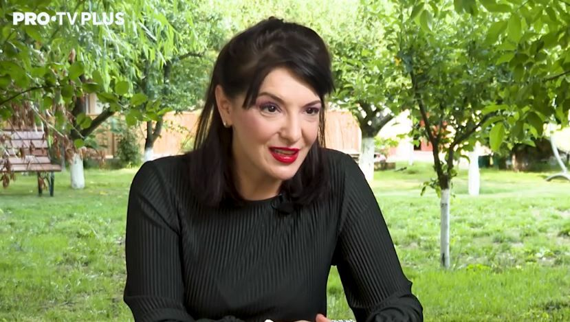 """Nadiana Sălăgean despre serialul VIDEOCHAT: """"Este un serial cu mult umor, un umor de calitate"""" VIDEO"""