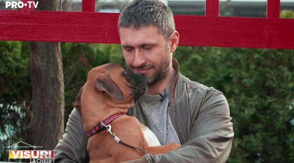 """VIDEO Dragoș Bucur și-a adus ajutoare pe șantier. """"Să nu mai lași pe nimeni să te mângâie"""""""