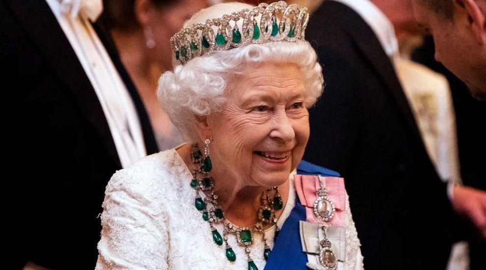 Regina Elisabeta a II-a își caută asistent personal! Ce salariu oferă