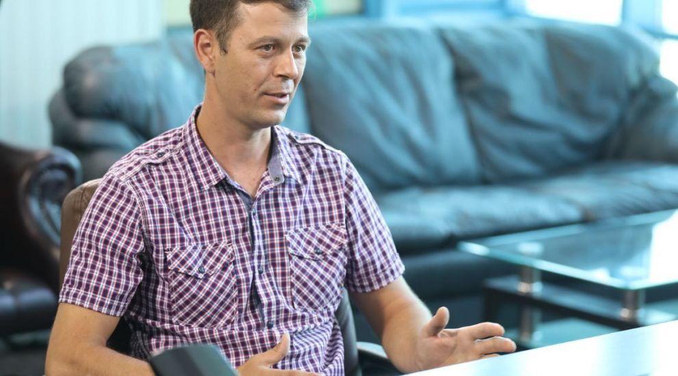 Șef sub acoperire - Ce s-a întâmplat cu Mihai Radu, pizzarul care a primit 5000 de euro recompensă