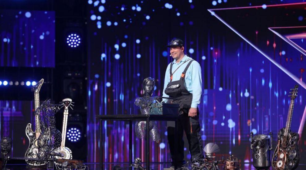 Românii au talent 2021: Gabriel Dinu,un artist desăvârșit care face opere de artă din fier reciclat