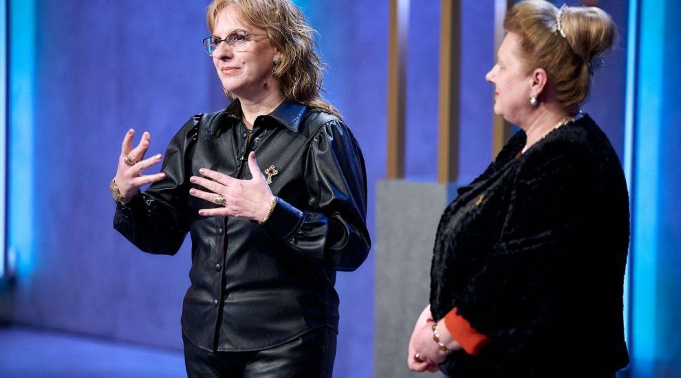 VIDEO Florentina Toboș și Gabriela Trifan au venit să-i convingă pe Lei să investească în apă de izvor