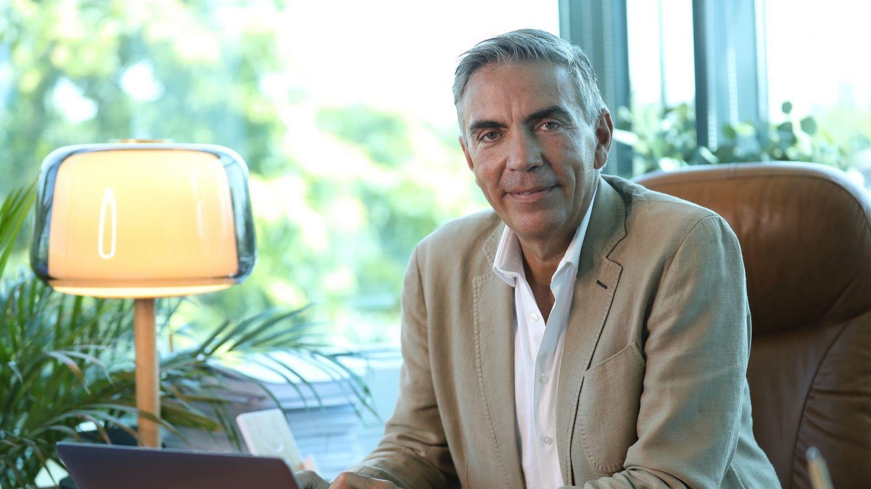 Protagonistul următorului episod Șef sub acoperire este Dragoș Anastasiu, fondatorul Eurolines Group!